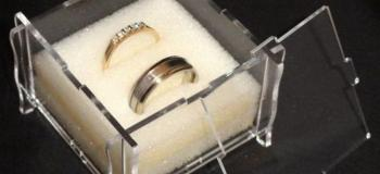 Corte e gravação a laser em acrílico